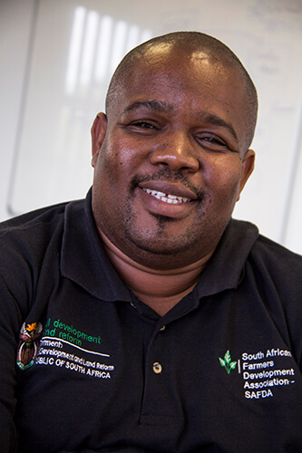Siyabonga-Madlala,-CEO-of-the-South-African-Farmers'-Development-Association-(SAFDA)-