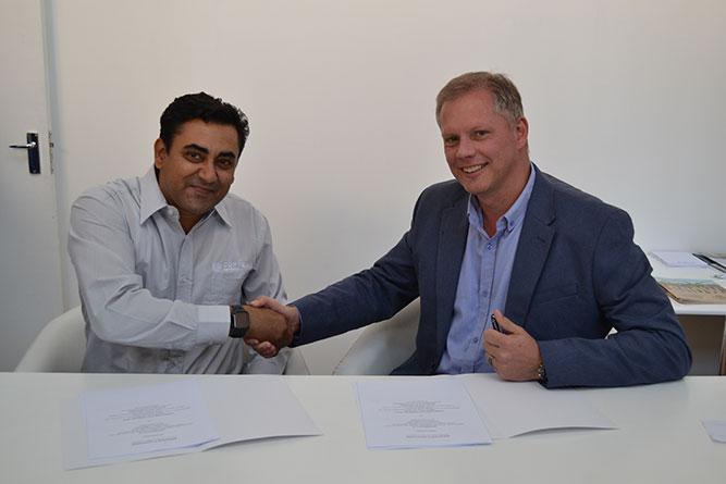 John-Deere-&-Corteva-partnership